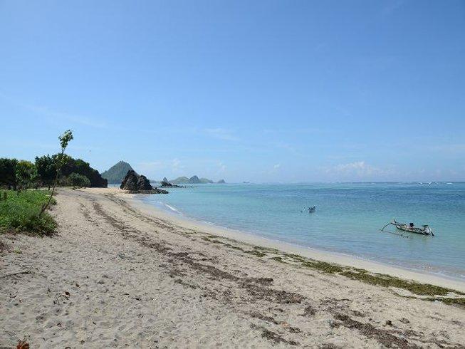6 Days Coastal Motorcycle Tour Indonesia