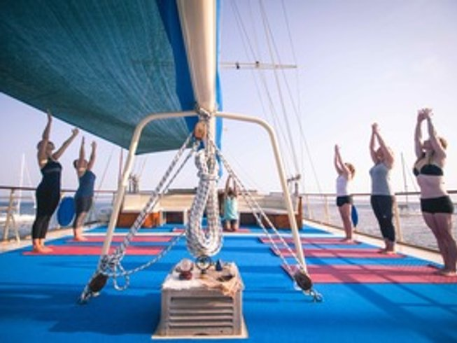 8 días de retiro de yoga en crucero en Croacia
