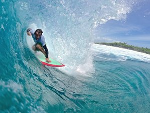 4 Days Surf and Yoga Retreat in Maldives