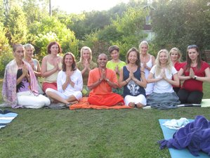 21 Day 200-Hours Meditation Teacher Training in Rishikesh with Karma Yoga