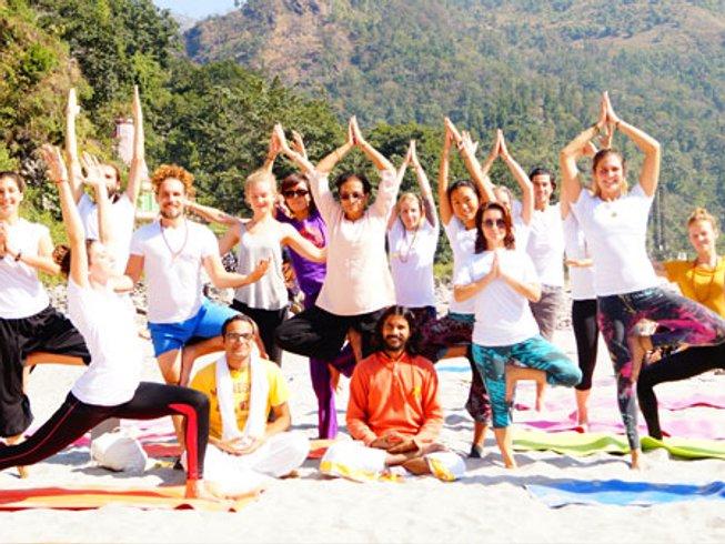 6 jours en en retraite de yoga et méditation à Rishikesh, Inde