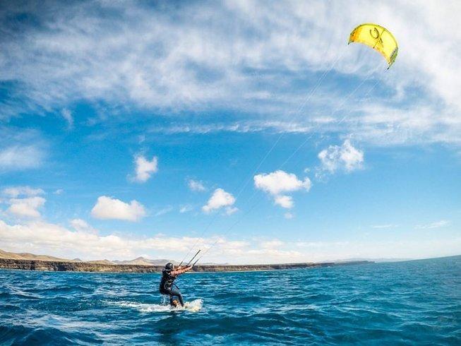 8 Days Kitesurfing Holiday in El Cotillo, La Oliva, Spain