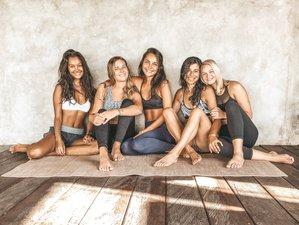 29 Tage 200-Stunden Vinyasa und Hatha Yogalehrer Ausbildung in Bali, Indonesien