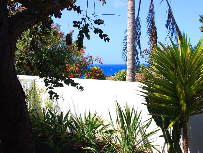 8 Days All-Inclusive Yoga Retreat in Lanzarote