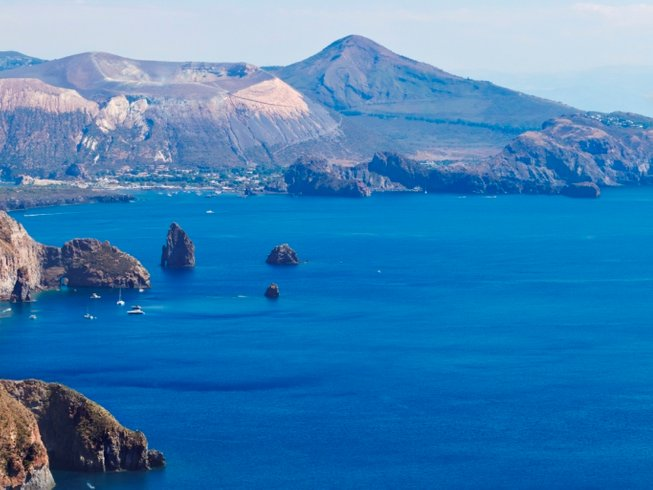 8 Days Volcanoes walking, kayaking and Yoga in Sicily, Italy