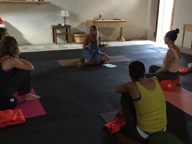 8 Days Poetry, Mantra, and Hatha Yoga Retreat in Sicily, Italy