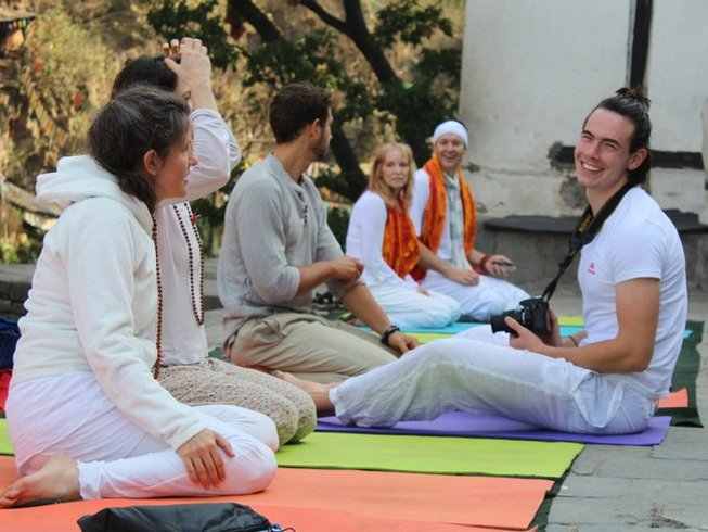 6 jours en stage de yoga nidra vers le subconscient à Katmandu, Népal