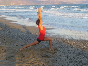 6 Days Yoga Holiday in Santorini Greece