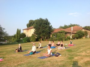 7 Days Luxury Walking and Yoga Retreat in France