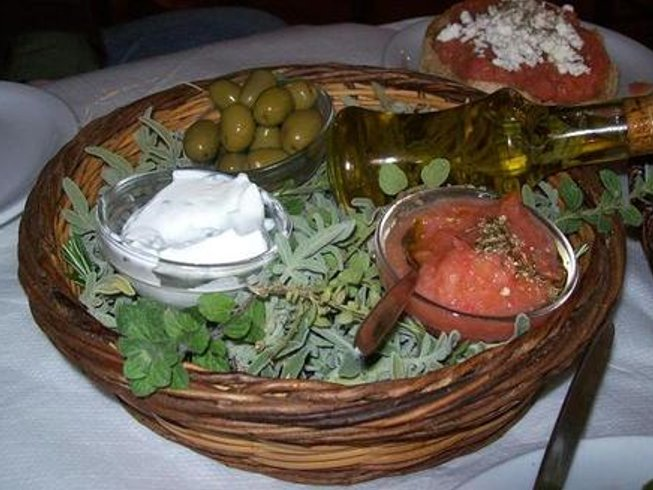 4 Days Luxury Vegetarian Culinary Holidays in Greece