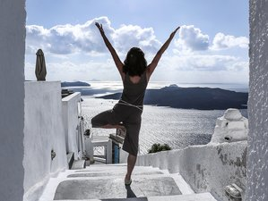 5 Days Revitalizing Autumn Hatha Yoga Retreat in Santorini