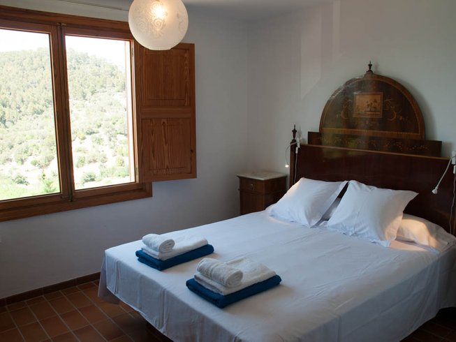 7 Days Affordable Luxury Yoga, Massage, Hike and Paddle Retreat in Mallorca, Spain