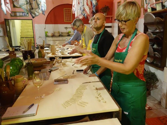 7 Days Castle Cooking Course in Italy