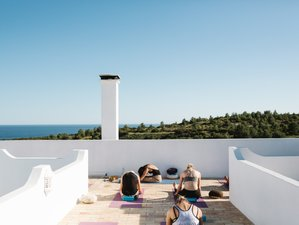 7 Days Chicks On Waves' Yoga Retreat in Algarve, Portugal