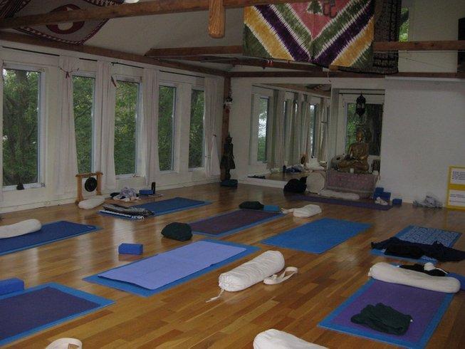3 Days Yoga Retreat in Picton, Ontario, Canada