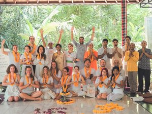 28 Days 300-Hour Vinyasa/ Hatha/ Ashtanga Yoga Teacher Training in Ubud, Bali