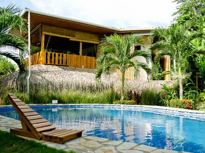 7 Days Costa Rica Yoga Retreat & Surf in Santa Teresa