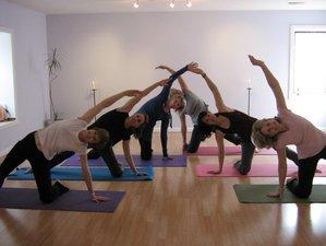 40 Tage 200-Stunden Yogalehrer Ausbildung in Montreal, Kanada