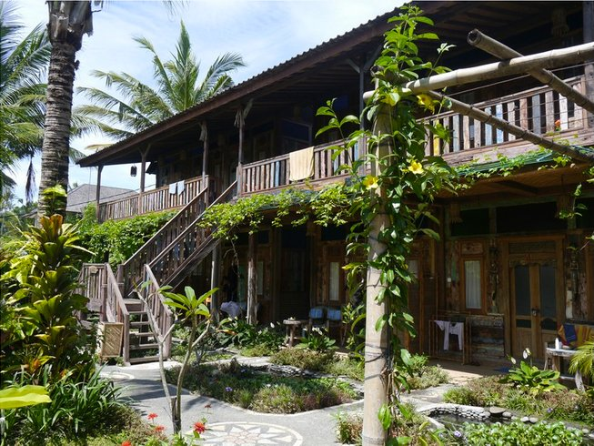 10 Days Ashtanga and Vinyasa Yoga Retreat in Balian Beach,Bali