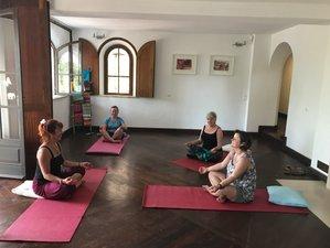 8 días vacaciones de yoga, conciencia plena y jugos en Salema, Portugal