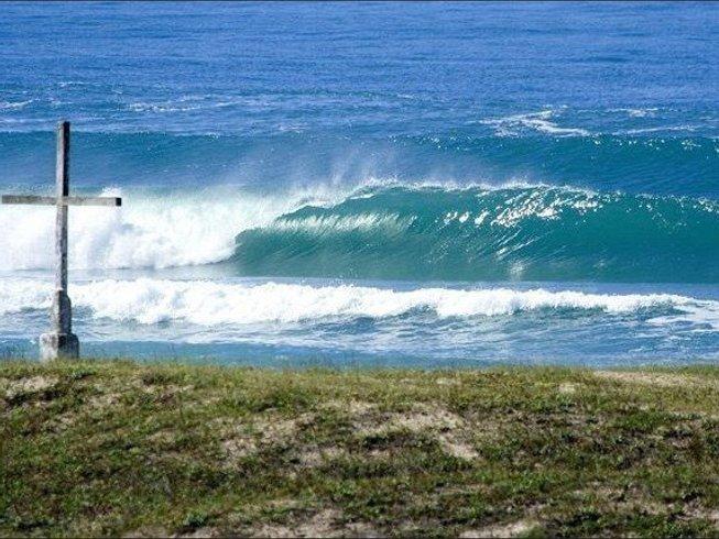 7 Days Paradisal Surf Camp Brazil