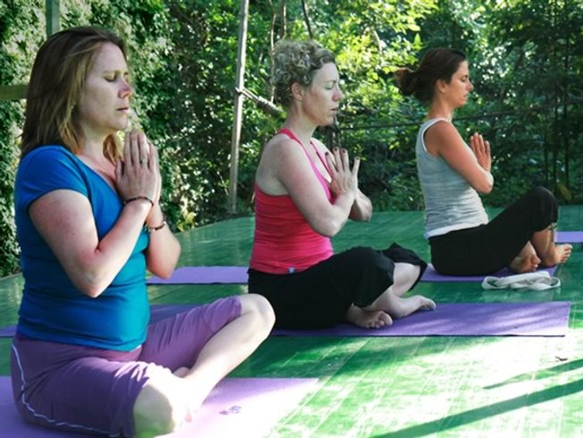 14 Days Deluxe Yoga Retreat in Casperia, Italy