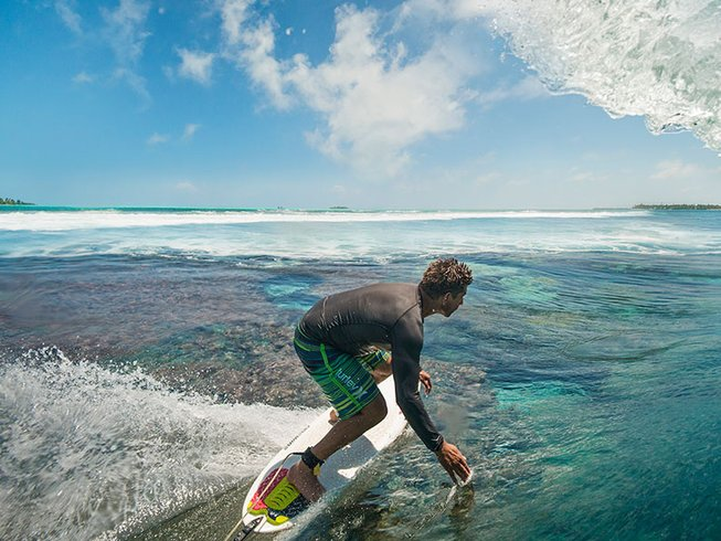 2 Weeks Surf Holidays in Maldives