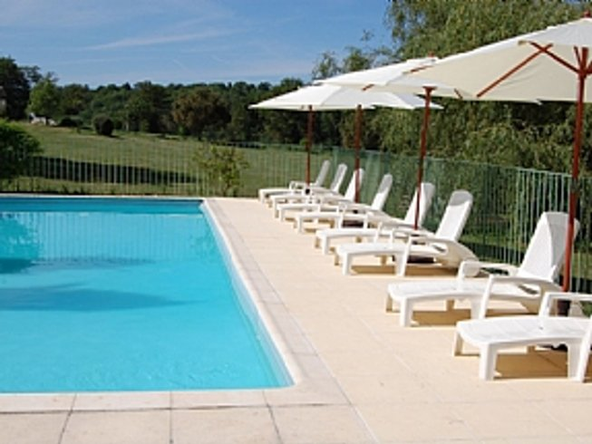6 Days Yoga and Meditation Retreat in South West France