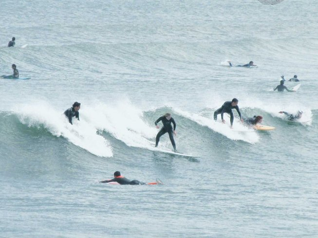 5 Days Surf and Yoga Retreat in Peniche, Portugal