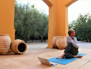 3 Day Online Yoga Retreat with Perumal and Learn 10 Golden Yoga Rules