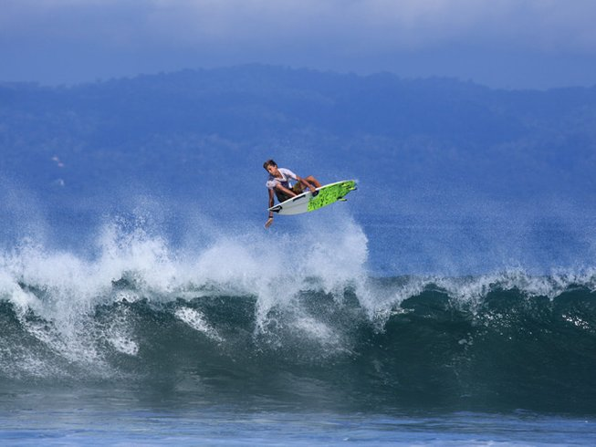 8 Days Costa Rica Surf Camp with Boat Trips