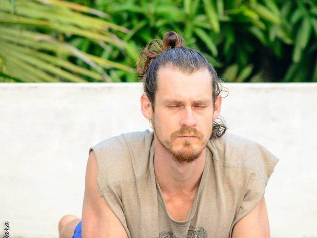30 días profesorado de yoga Hatha en Auroville, India