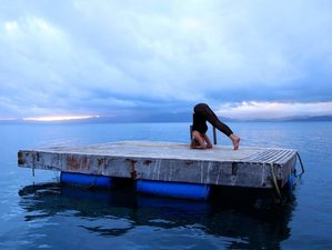 8 Days Acro and Hatha Yoga Retreat in Fiji