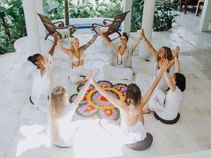 22 Day 200-Hour Comprehensive Yoga Teacher Training in Isla Colon
