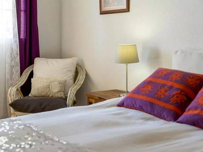 5 Days Energizing Tai Chi Holidays in Granada, Spain