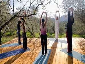 5 Day New Year Yoga and Meditation Holiday in Lanjaron, Granada, Andalusia
