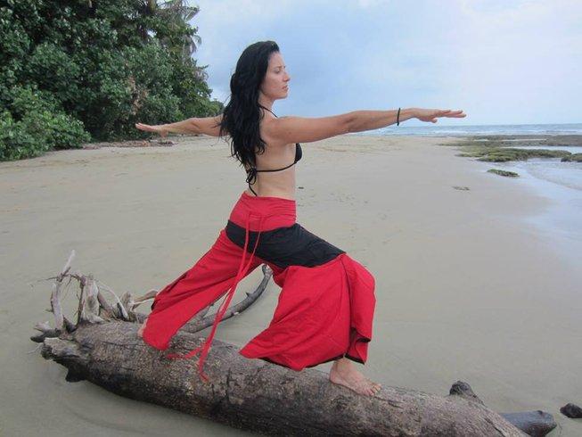 5 Days Intense Body Detox and Yoga Retreat in Playa Chiquita, Costa Rica