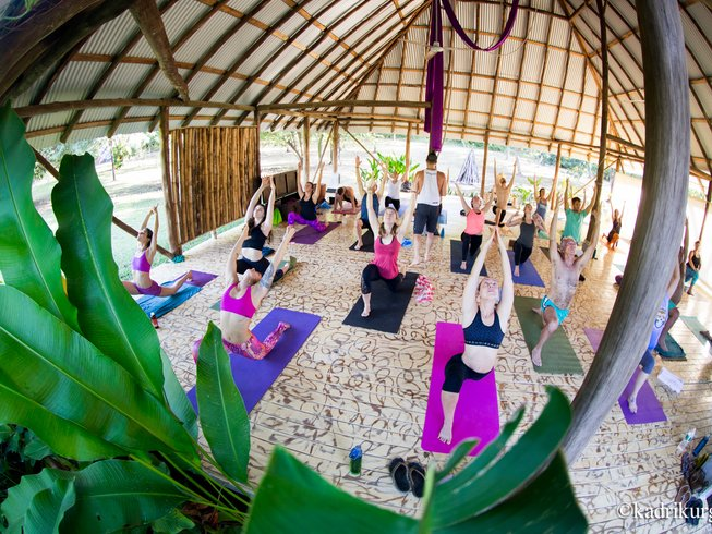 6 Days Surf and Yoga in Costa Rica