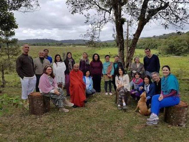25 Tage 200-Stunden Yogalehrer Ausbildung Rishikesh Indien