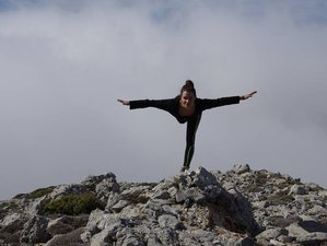 4 Days Hiking Yoga Retreat in Greece