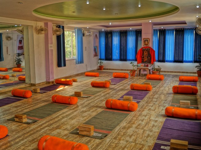 15 Days Meditation Course in Rishikesh, India