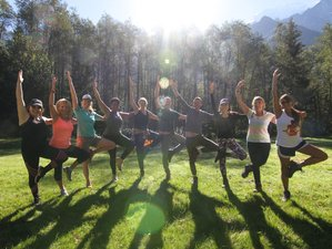 8 Day Unforgettable Yoga Retreat at a Beautiful Beach House in Thalpe