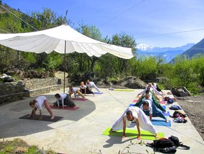 26 Days 200-Hour Yoga Teacher Trainings in India