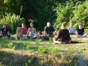 8 Days Beginners Yoga (Hatha, Yin, Luna) Retreat with Vegan Food in Portugal