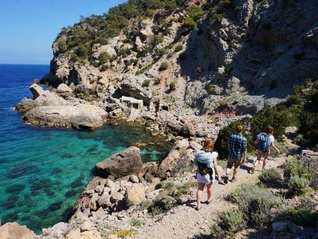 7 días de retiro de yoga Vinyasa en Ibiza, España