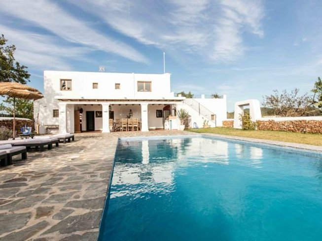 6 Days Special Christmas and New Year Yoga Retreat in Ibiza, Spain