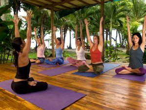 7 Days Beachfront Yoga and Surf Holiday in Costa Rica
