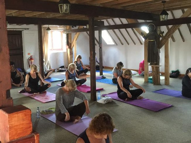 8 Days Uplifting Yoga Retreat Spain