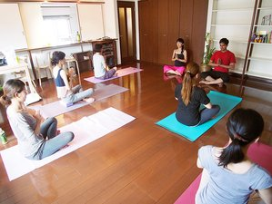 7 Days Beginner's Yoga and Meditation Retreat in Rishikesh