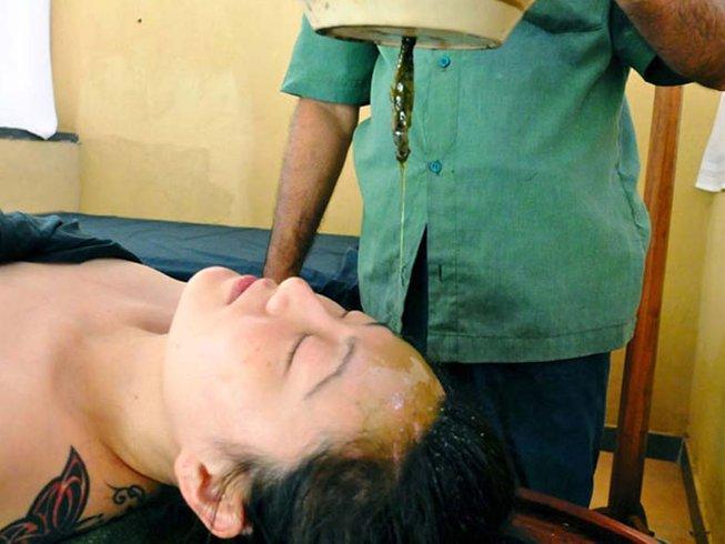 15 Days Natural Detox and Yoga Retreat in Kalutara, Sri Lanka